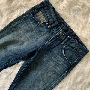 COH . Boot Cut Jeans . 25